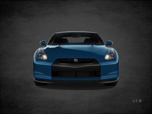 Niassn GT-R by Mark Rogan