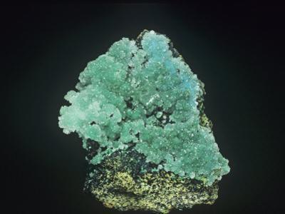 Malachite Crystals with Auricalcite and Calcite, Otero County, New Mexico, USA