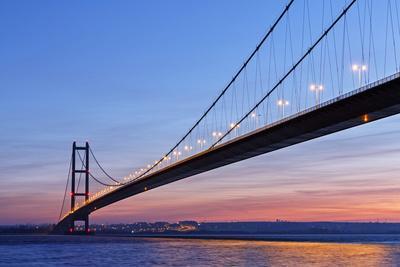 Europe, United Kingdom, England, East Yorkshire, Hull, Humber Bridge