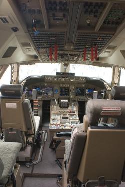 Boeing 747-8 Flight Deck by Mark Williamson