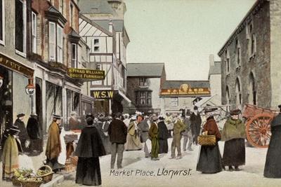 https://imgc.allpostersimages.com/img/posters/market-place-llanwrst_u-L-PPFPPH0.jpg?artPerspective=n