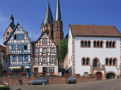 https://imgc.allpostersimages.com/img/posters/market-square-with-the-marien-church-on-the-town-skyline-in-gelnhausen-hesse-germany-europe_u-L-P7X5MC0.jpg?p=0