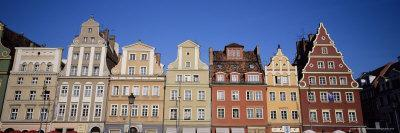 https://imgc.allpostersimages.com/img/posters/market-square-wroclaw-silesia-poland-europe_u-L-P2R3OE0.jpg?p=0