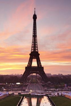 Eiffel Tower at Sunrise, Paris, Ile De France, France, Europe by Markus Lange