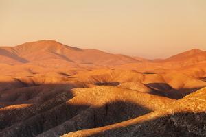 Mountain Landscape at Sunset by Markus Lange