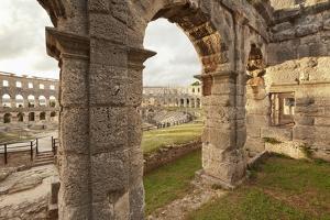 Roman Amphitheatre at Sunset, Pula, Istria, Croatia, Europe by Markus Lange