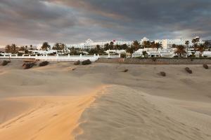 Sand Dunes with Hotel Riu, Maspalomas, Gran Canaria, Canary Islands, Spain, Atlantic, Europe by Markus Lange