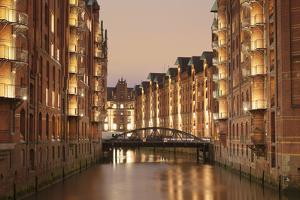 Wandrahmsfleet, Speicherstadt, Hamburg, Hanseatic City, Germany, Europe by Markus Lange