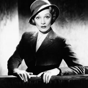 Marlene Dietrich, Witness for the Prosecution,1957
