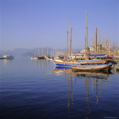 https://imgc.allpostersimages.com/img/posters/marmaris-harbour-turkey-eurasia_u-L-P2QWNN0.jpg?p=0