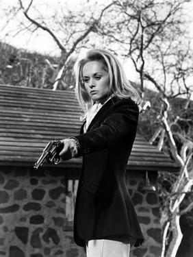MARNIE, 1964 directed by ALFRED HITCHCOCK Tippi Hedren (b/w photo)