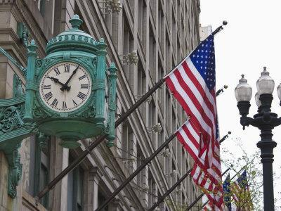 https://imgc.allpostersimages.com/img/posters/marshall-field-building-clock-now-macy-s-department-store-chicago-illinois-usa_u-L-P7NYOW0.jpg?p=0