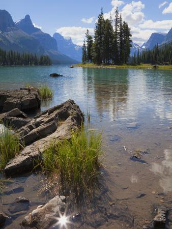 Spirit Island, Maligne Lake, Jasper National Park, UNESCO World Heritage Site, British Columbia, Ro