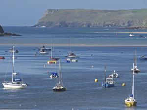 Padstow Bay, Padstow, Cornwall, England, United Kingdom, Europe by Martin Pittaway