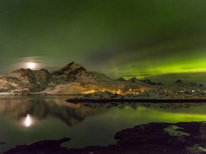 Aurora Borealis. Kakersundet. Lofoten Islands. Norway by Martin Zwick