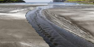 Beach at Tjornuvik, sea stacks Risin and Kellingin. Denmark, Faroe Islands by Martin Zwick