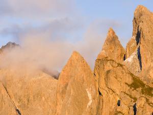 Geisler mountains, nature park Puez-Geisler. Val Gardena, South Tyrol, Alto Adige. Italy by Martin Zwick