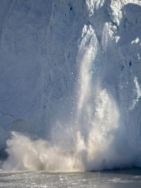 Glacier Eqip (Eqip Sermia) calving in western Greenland, Denmark by Martin Zwick