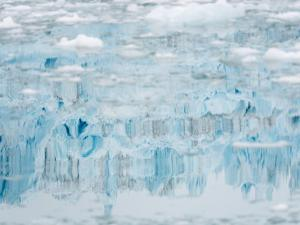 Glacier Eqip (Eqip Sermia) in western Greenland, Denmark by Martin Zwick