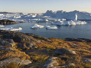 Ilulissat Icefjord, UNESCO, also called kangia or Ilulissat Kangerlua at Disko Bay. Greenland by Martin Zwick
