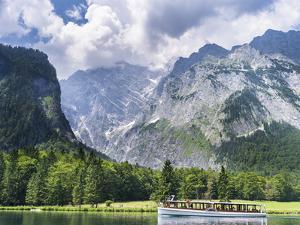 Lake Koenigssee, Nationalpark Berchtesgaden, Bavaria, Germany. by Martin Zwick
