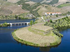 Mouth of Rio Tedo into river Douro. It is the wine growing area Alto Douro and listed as UNESCO Wor by Martin Zwick