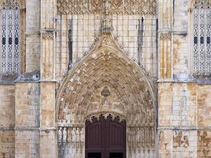 The main portal. The monastery of Batalha, Mosteiro de Santa Maria da Vitoria. by Martin Zwick
