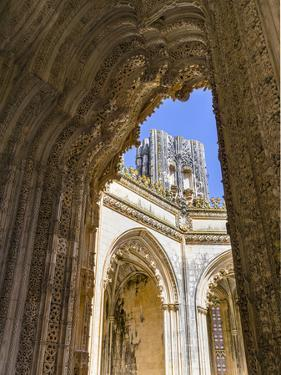 The Unfinished Chapels, Capelas Imperfeitas, in typical Manueline style. Lisboa, Portugal. by Martin Zwick
