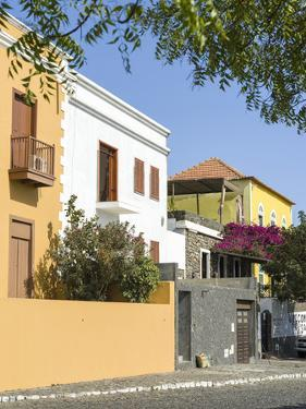 Traditional townhouse (Sobrado). Sao Filipe, the capital of the island. Fogo Island by Martin Zwick
