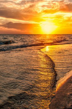 Wave to Sunset by Mary Lou Johnson