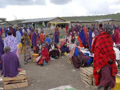 https://imgc.allpostersimages.com/img/posters/masai-market-arusha-tanzania-east-africa-africa_u-L-P7X0HG0.jpg?p=0
