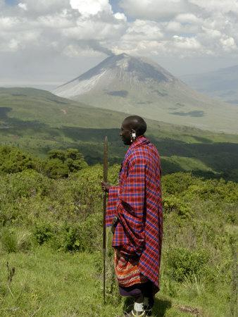 https://imgc.allpostersimages.com/img/posters/masai-ngorongoro-conservation-area-unesco-world-heritage-site-tanzania-east-africa-africa_u-L-PXUT9Y0.jpg?artPerspective=n