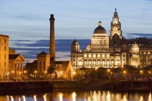 Albert Dock and Port of Liverpool Building by Massimo Borchi