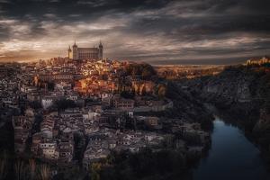 Toledo. by Massimo Cuomo
