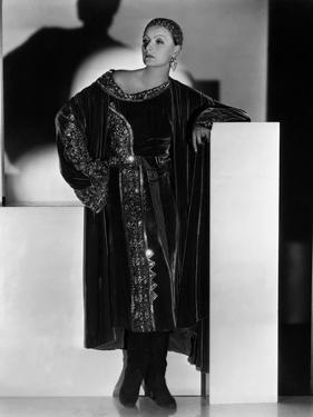 Mata Hari by GeorgeFitzmaurice with Greta Garbo, 1931 (b/w photo)