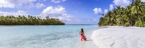 One Foot Island, Aitutaki, Cook Islands (Mr) by Matteo Colombo