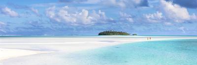 Tourist Couple on Sand Bar in Aitutaki Lagoon, Cook Islands by Matteo Colombo