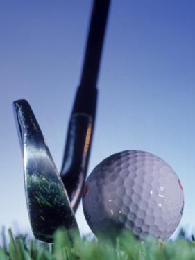 Golf Ball and Tee by Matthew Borkoski