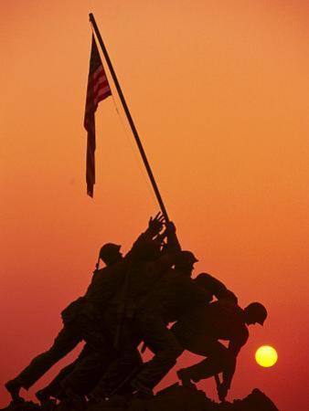 Iwo Jima Memorial, Washington DC by Matthew Borkoski