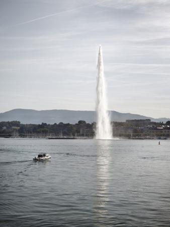 Jet D'Eau, Lake Geneva, Geneva, Switzerland, Europe