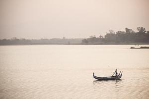Rowing Boat on Taungthaman Lake at Sunrise, Myanmar (Burma) by Matthew Williams-Ellis
