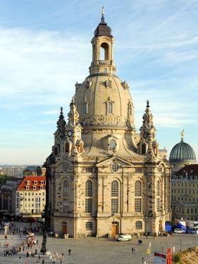 Die Frauenkirche in Dresden by Matthias Rietschel