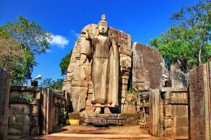 Big Statue of Buddha - Awukana , Sri Lanka by Maugli-l