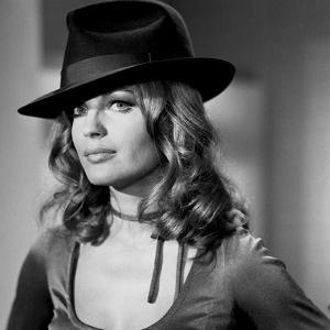 MAX and LES FERRAILLEURS, 1970 directed by CLAUDE SAUTET Romy Schneider (b/w photo)