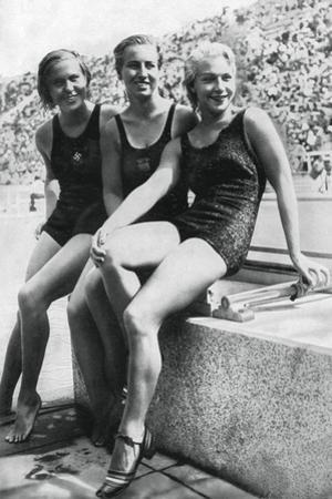 Medallists from the Women's Platform Diving Event, Berlin Olympics, 1936