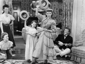 Meet Me In St. Louis, Margaret O'Brien, Judy Garland, 1944
