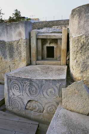 https://imgc.allpostersimages.com/img/posters/megalithic-temple-of-tarxien_u-L-PP9SJR0.jpg?p=0