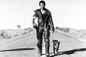 """MEL GIBSON. """"THE MAD MAX II: ROAD WARRIOR"""" [1981], directed by GEORGE MILLER."""