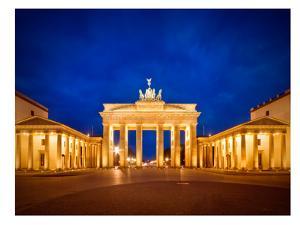 Berlin Brandenburg Gate Before Sunrise by Melanie Viola