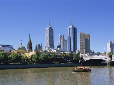 https://imgc.allpostersimages.com/img/posters/melbourne-skyline-and-the-yarra-river-victoria-australia-pacific_u-L-P7X3N80.jpg?p=0